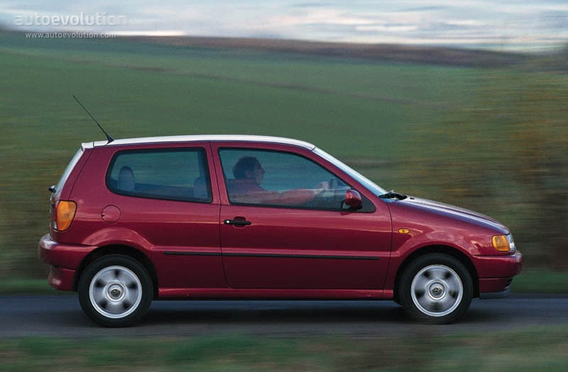 volkswagen polo 3 doors 1994 1995 1996 1997 1998 1999 autoevolution. Black Bedroom Furniture Sets. Home Design Ideas