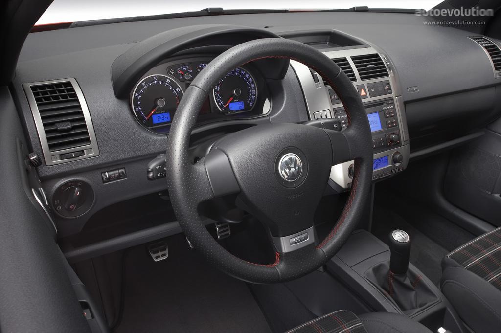 Volkswagen polo gti 2005 2006 2007 2008 autoevolution for Interieur polo