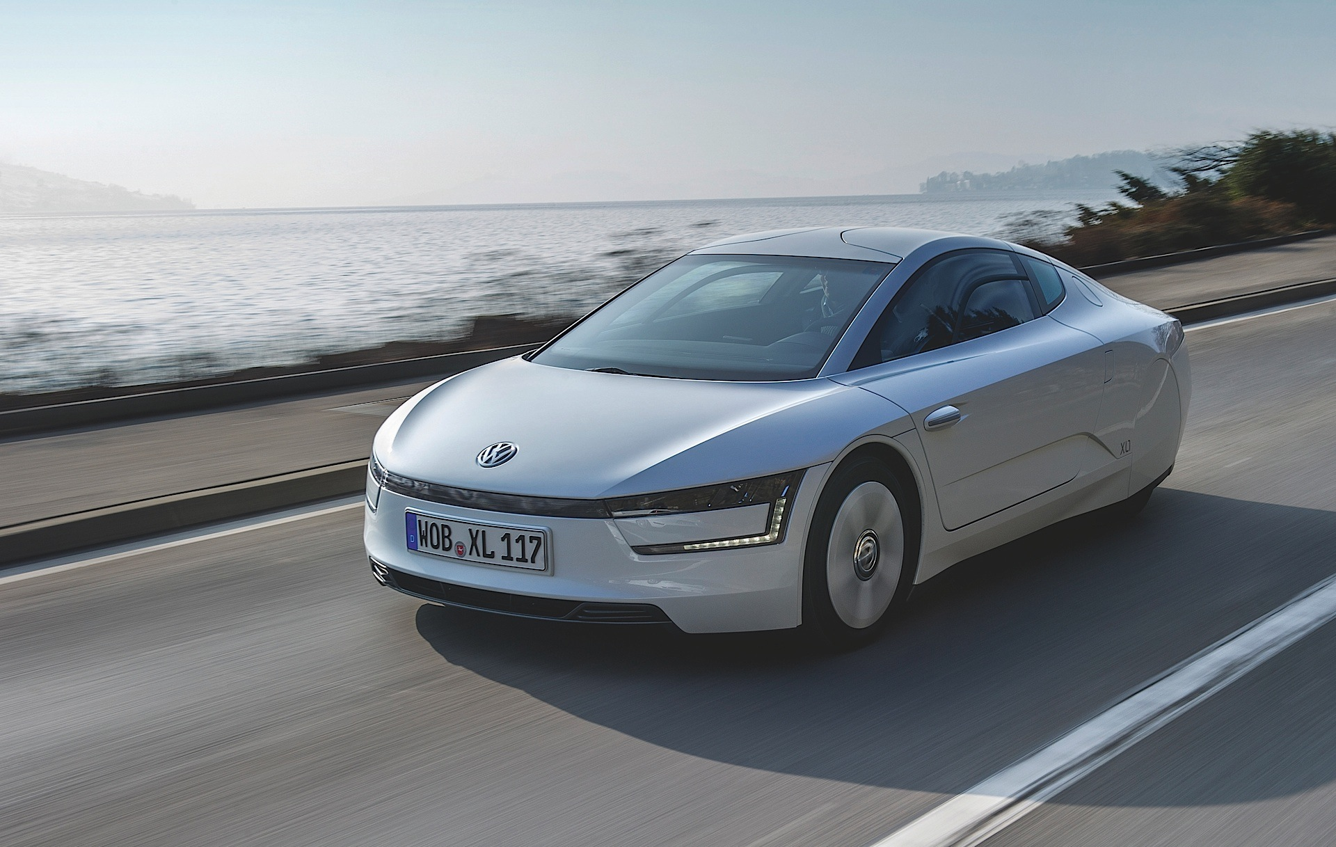 VOLKSWAGEN XL1 specs & photos - 2013, 2014, 2015, 2016 ...