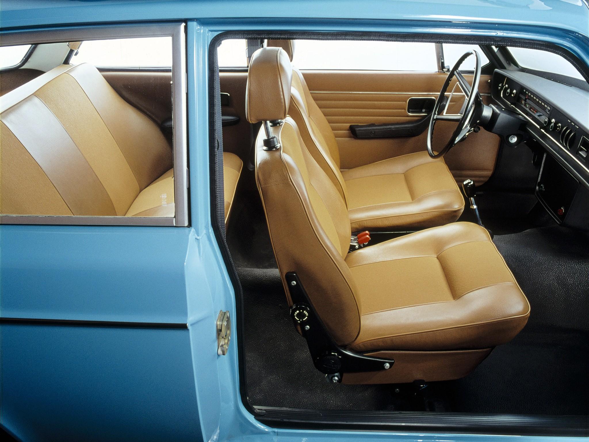 Volvo Suv Used >> VOLVO 142 specs & photos - 1967, 1968, 1969, 1970, 1971 ...