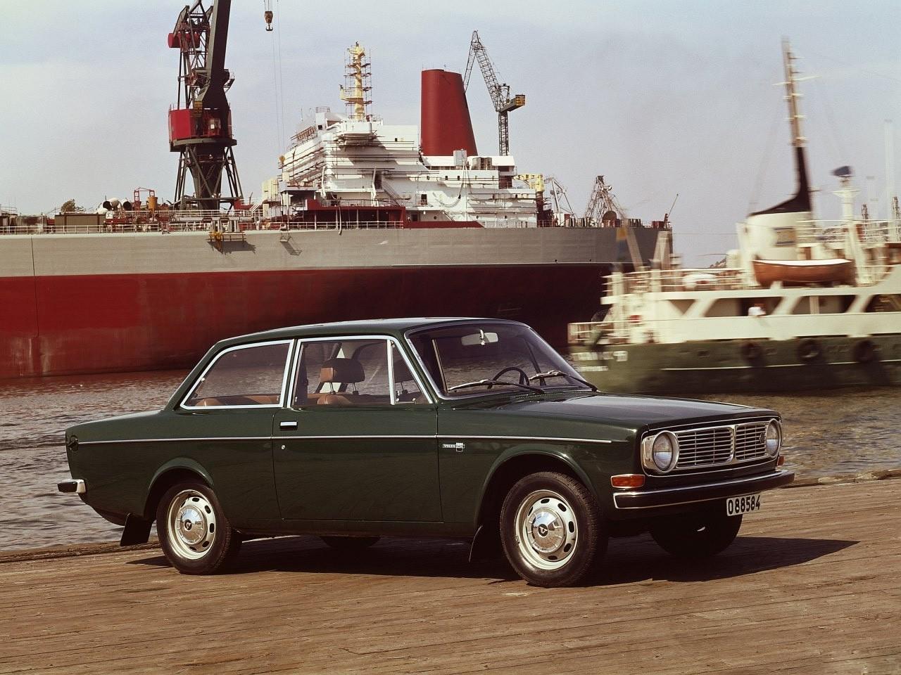 ... VOLVO 142 (1967 - 1974) ...
