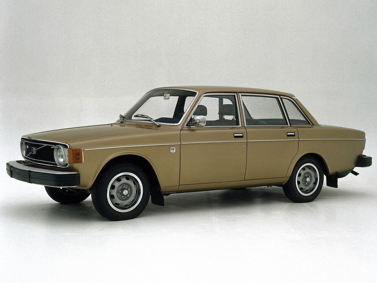 VOLVO 144 specs & photos - 1967, 1968, 1969, 1970, 1971, 1972, 1973, 1974 - autoevolution
