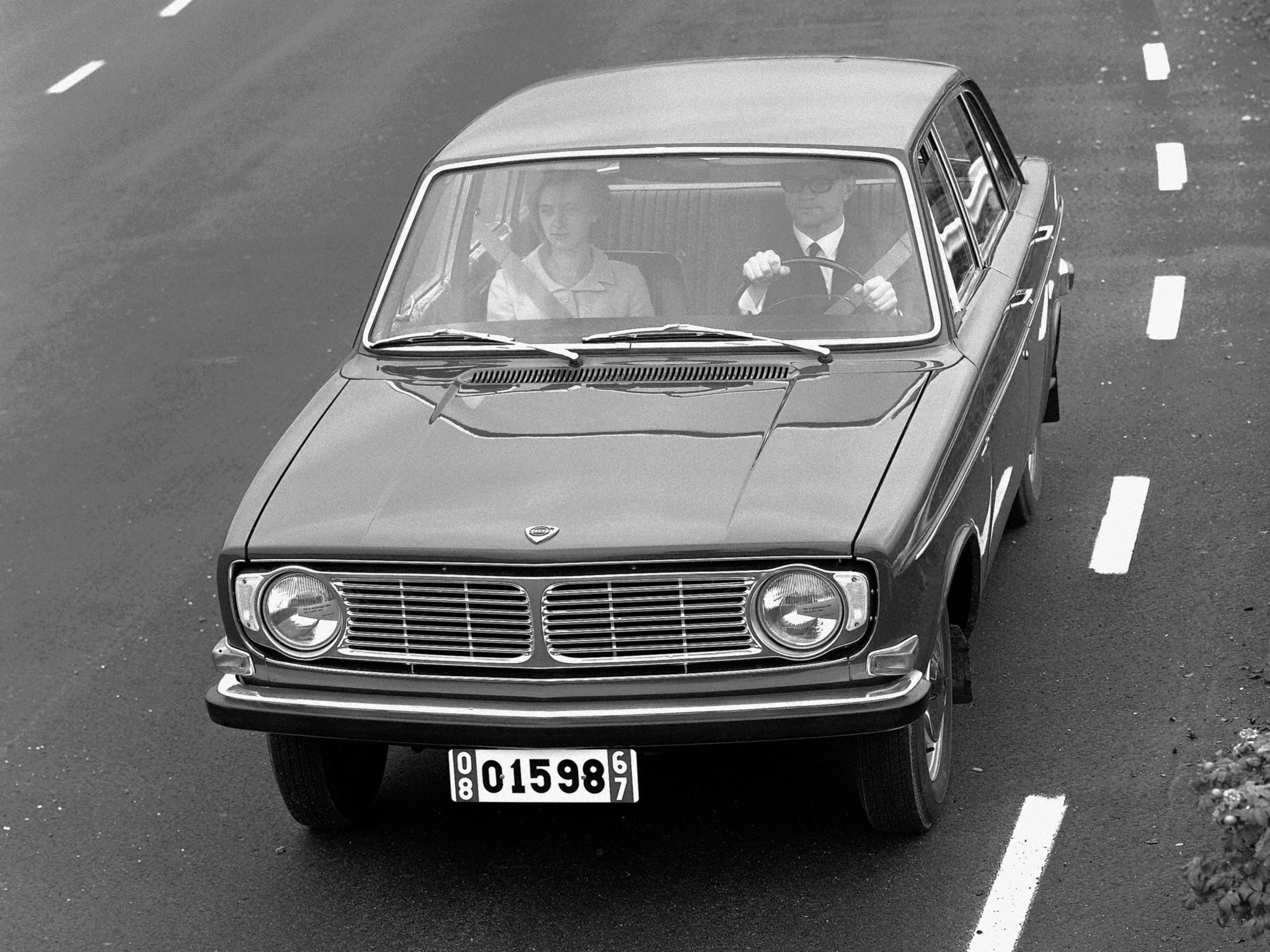 VOLVO 144 - 1967, 1968, 1969, 1970, 1971, 1972, 1973, 1974 ...