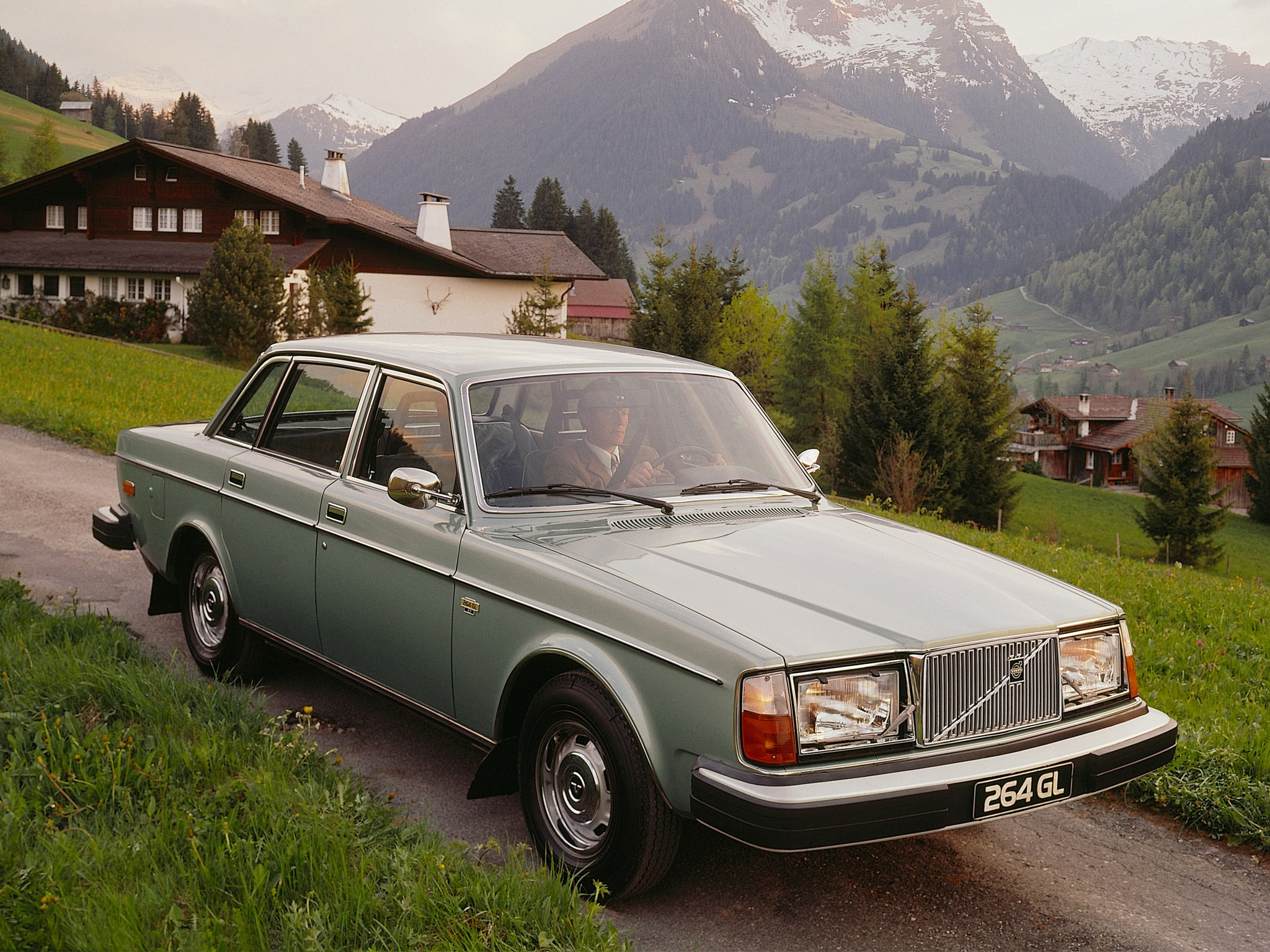 VOLVO 264 - 1980, 1981, 1982 - autoevolution