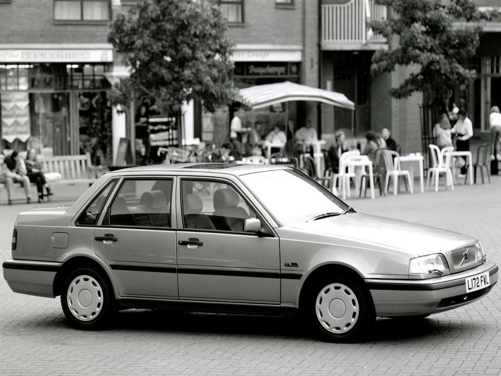 Volvo on 1996 Volvo 850 Green