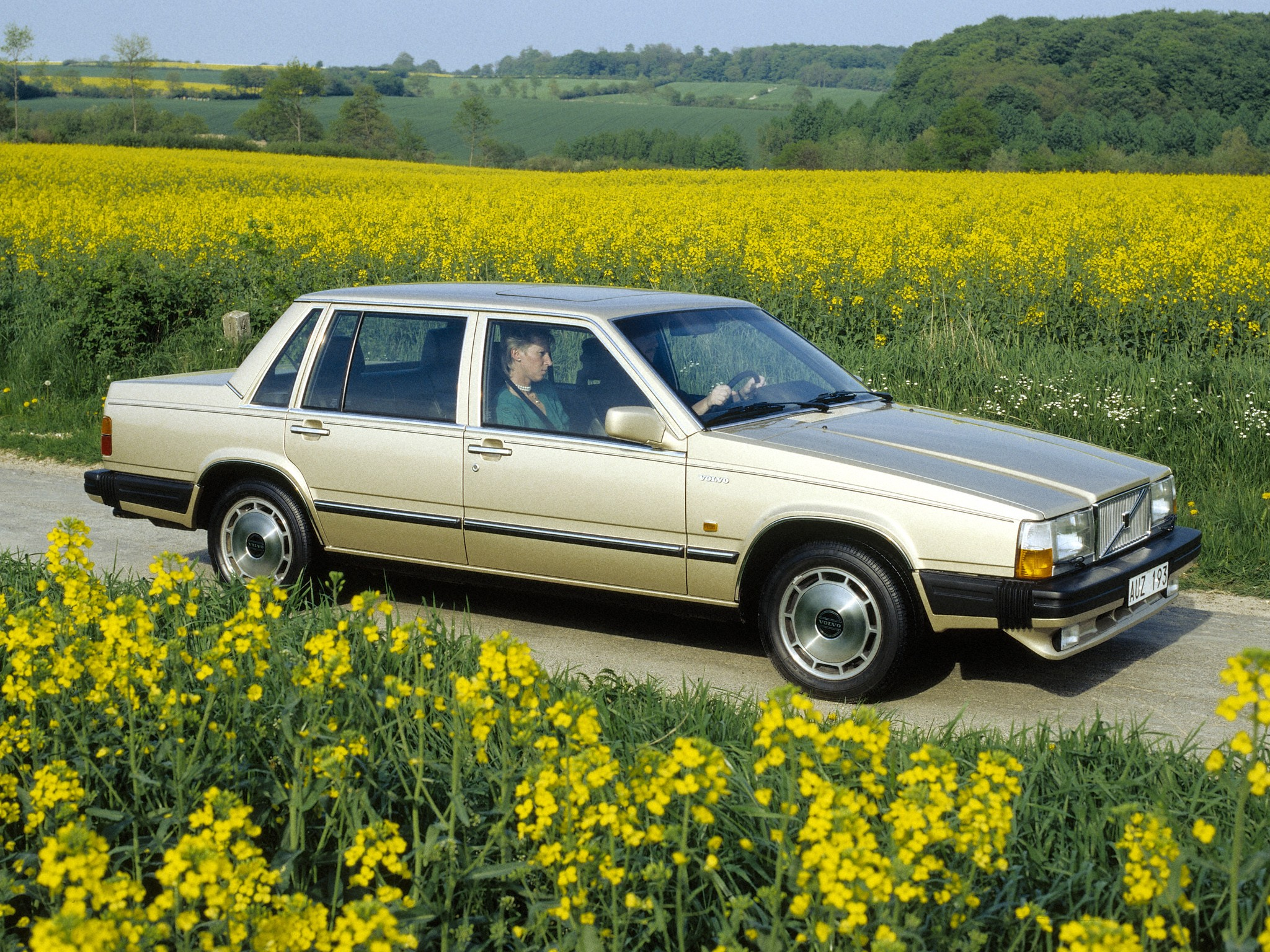 VOLVO 760 specs & photos - 1982, 1983, 1984, 1985, 1986, 1987, 1988, 1989, 1990 - autoevolution
