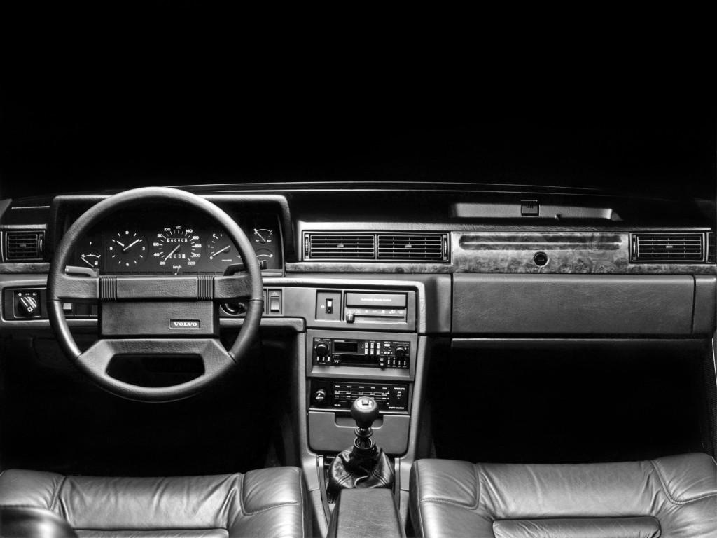 volvo 780 specs 1986 1987 1988 1989 1990 autoevolution. Black Bedroom Furniture Sets. Home Design Ideas