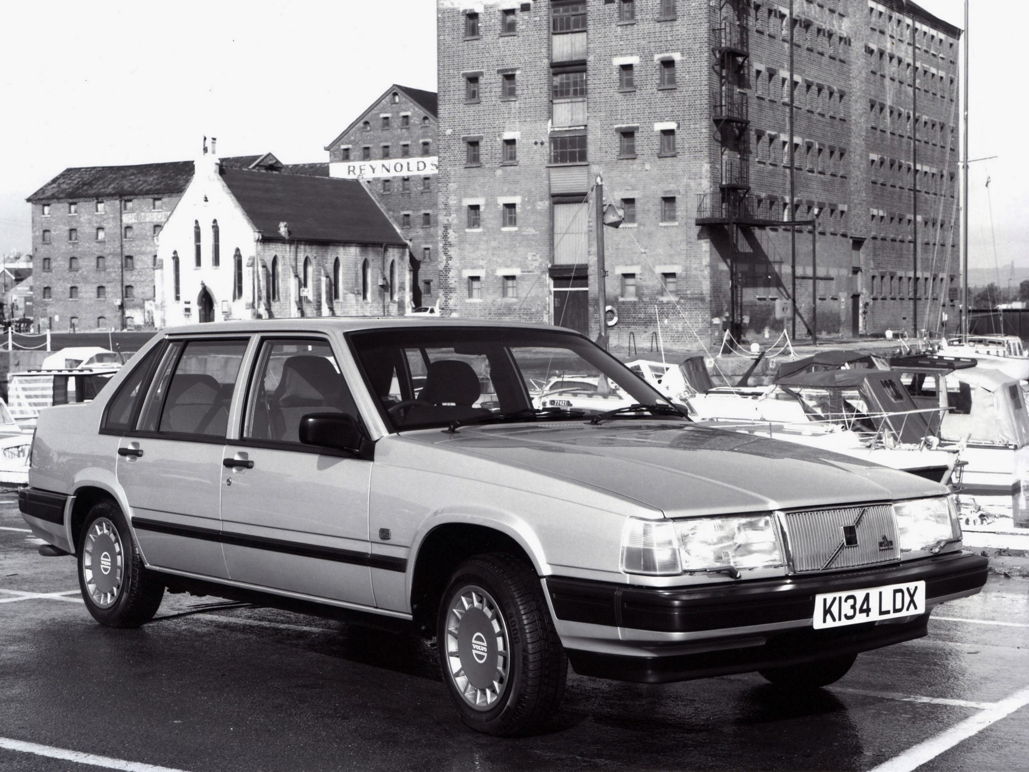 VOLVO 940 specs & photos - 1990, 1991, 1992, 1993, 1994, 1995, 1996, 1997 - autoevolution