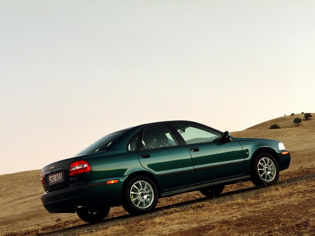 Volvo S40 Specs Photos 2000 2001 2002 2003 2004 Autoevolution V4 0 Engine