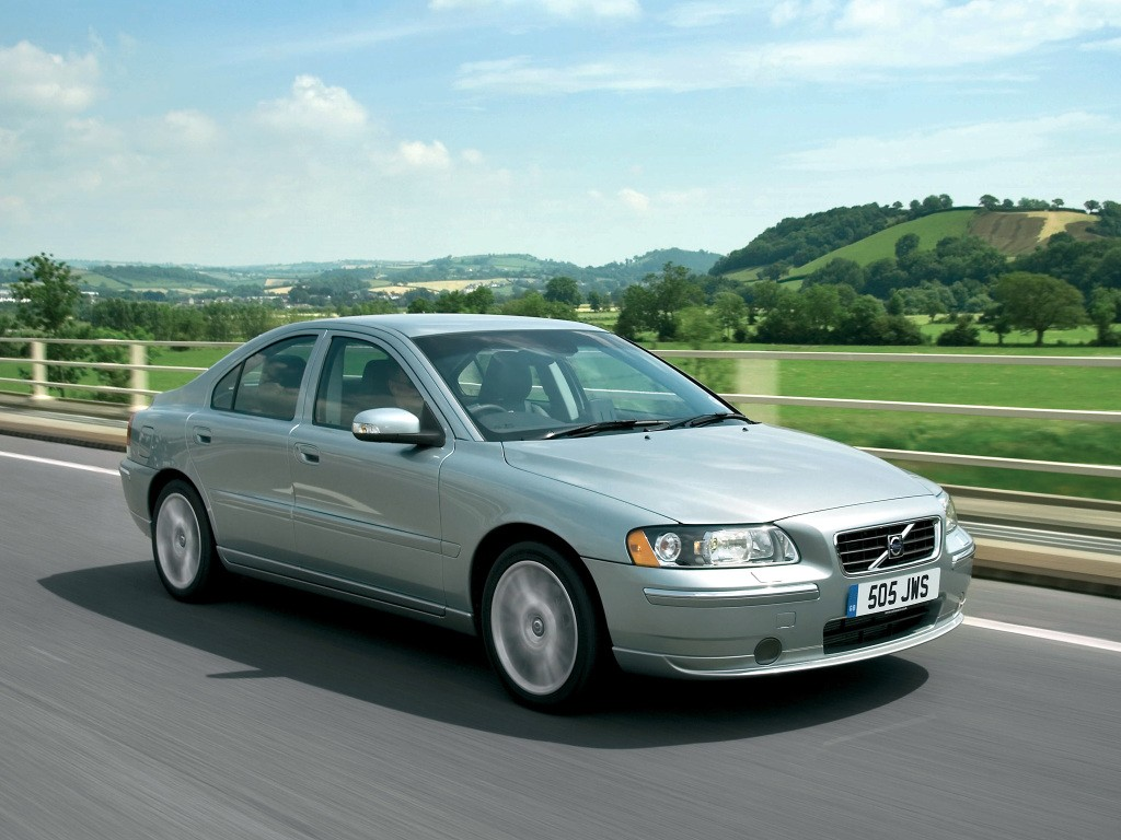Volvo S60 Specs  U0026 Photos