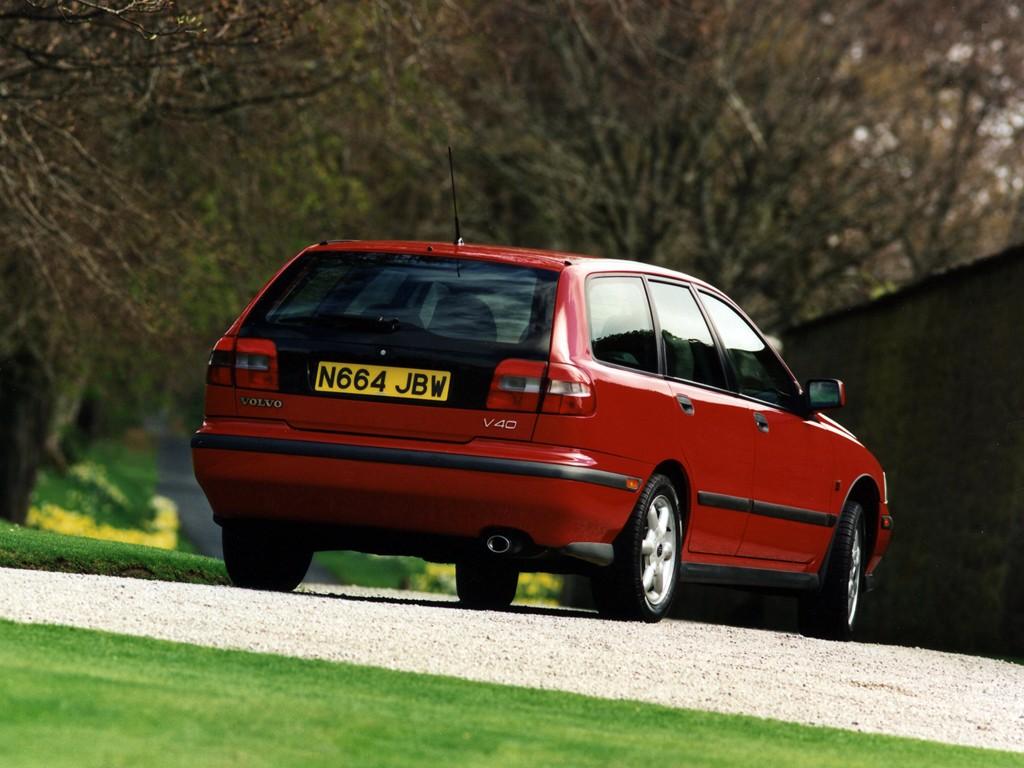 VOLVO V40 specs & photos - 1996, 1997, 1998, 1999, 2000 - autoevolution