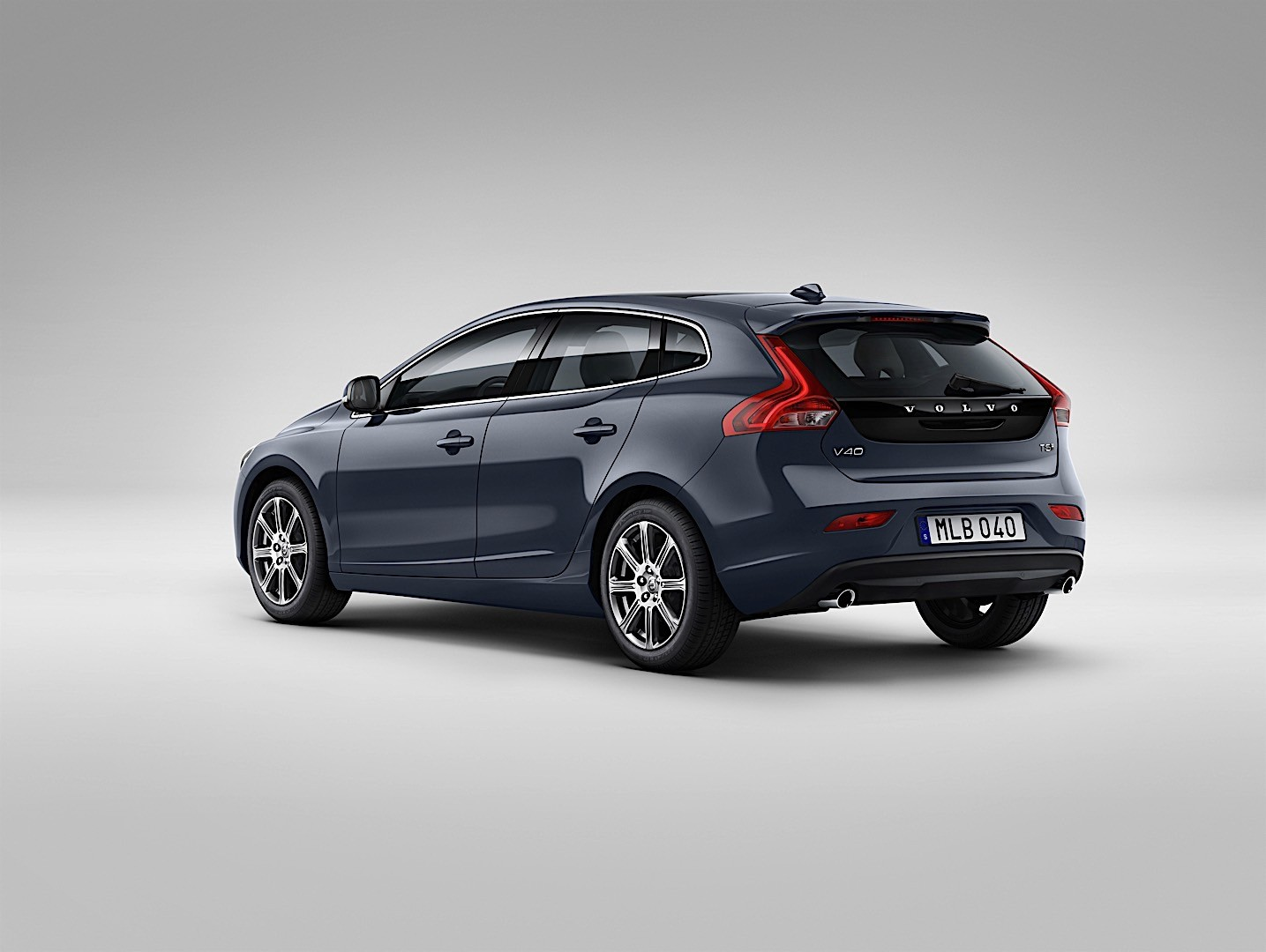 volvo v40 specs 2016 2017 2018 autoevolution. Black Bedroom Furniture Sets. Home Design Ideas