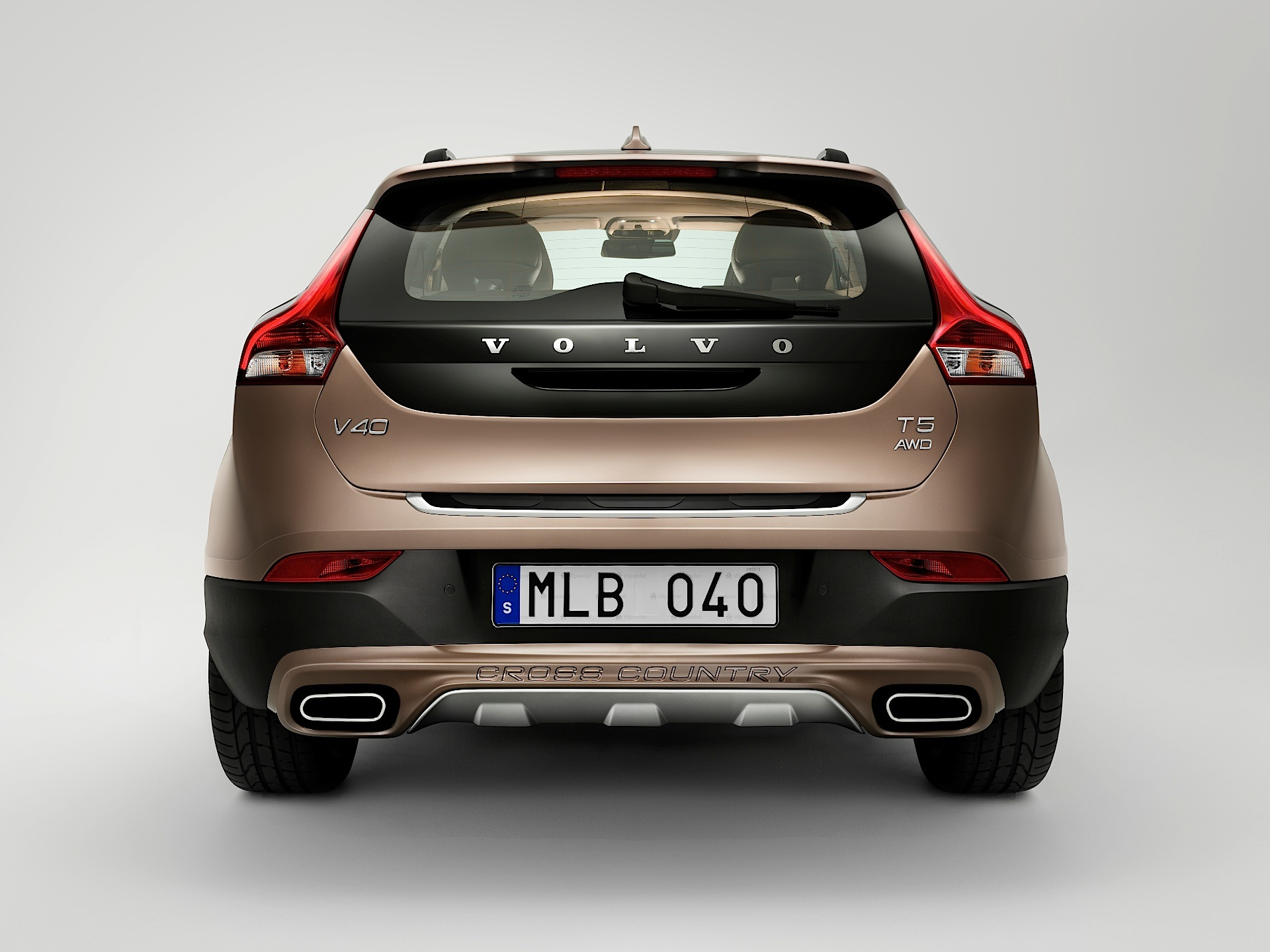 volvo v40 cross country specs photos 2012 2013 2014 2015 2016 autoevolution. Black Bedroom Furniture Sets. Home Design Ideas