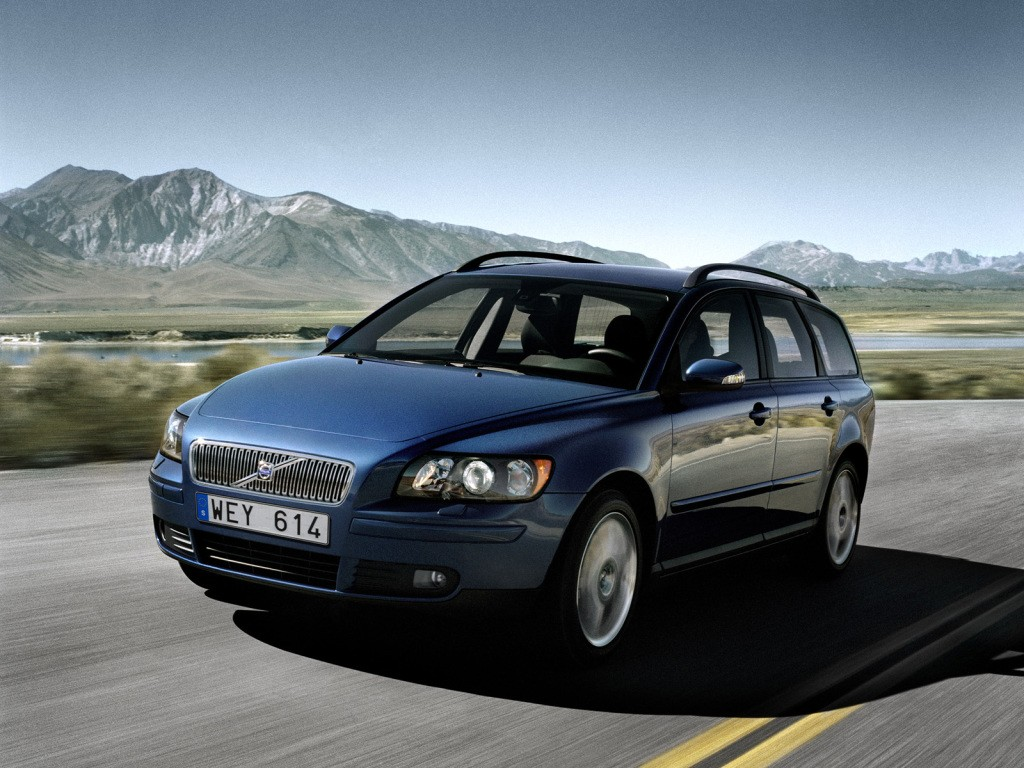VOLVO V50 specs & photos - 2004, 2005, 2006, 2007 - autoevolution