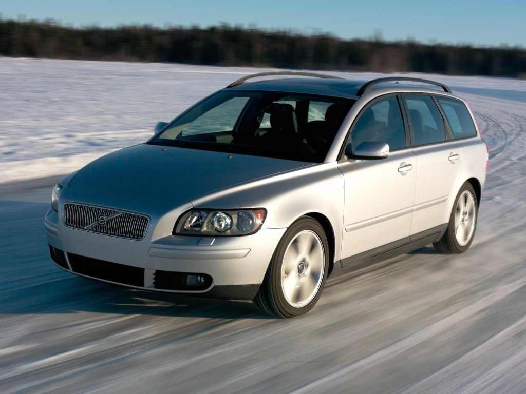 VOLVO V50 specs & photos - 2004, 2005, 2006, 2007 ...