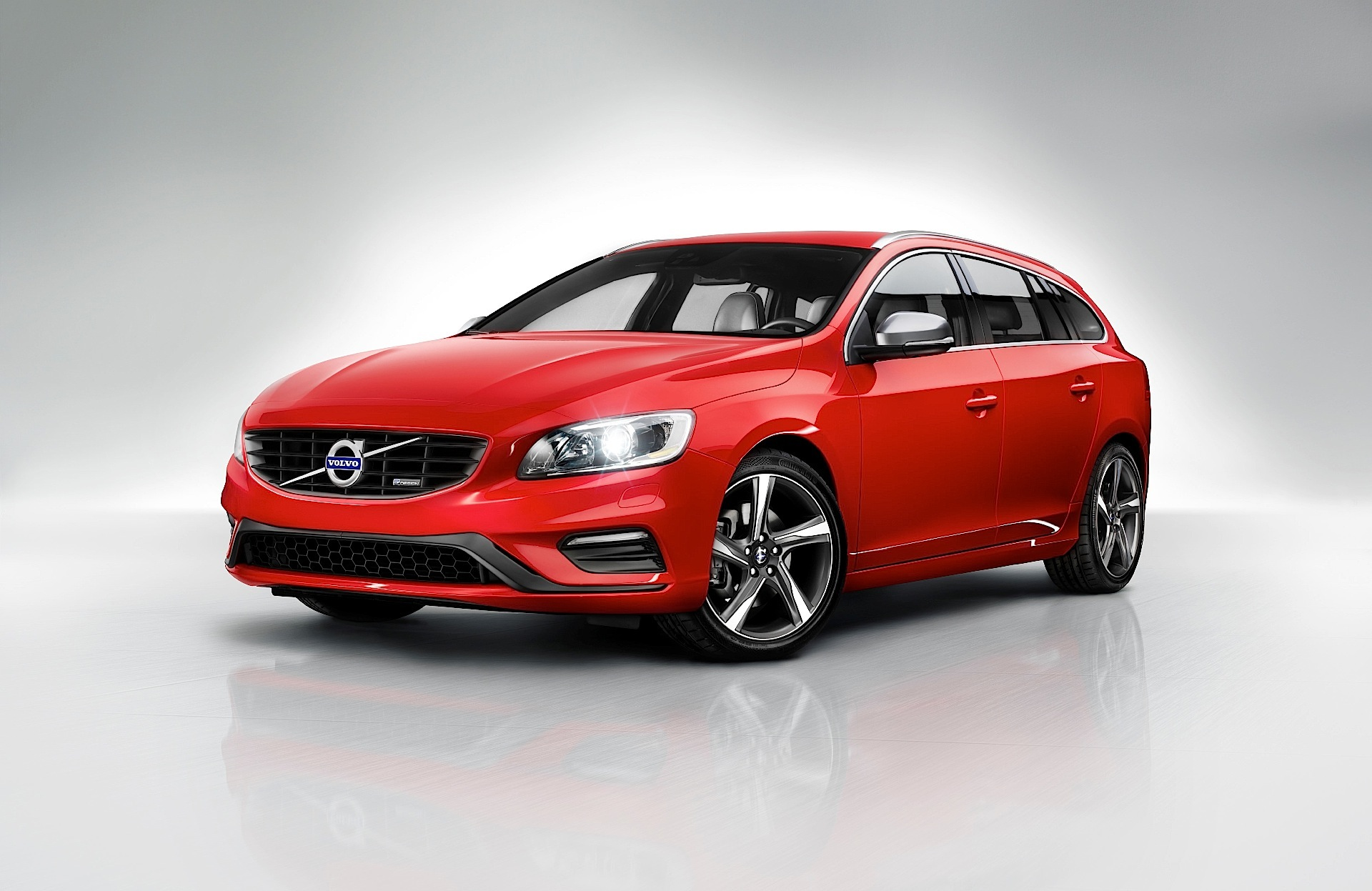 volvo v60 2014 2015 2016 2017 autoevolution. Black Bedroom Furniture Sets. Home Design Ideas