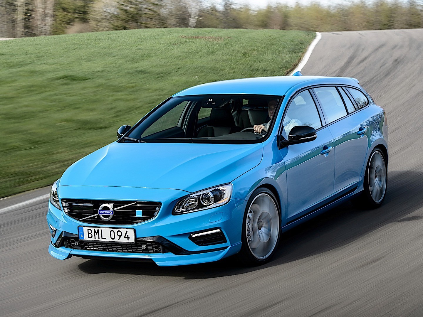volvo v60 polestar specs photos 2014 2015 2016 2017. Black Bedroom Furniture Sets. Home Design Ideas