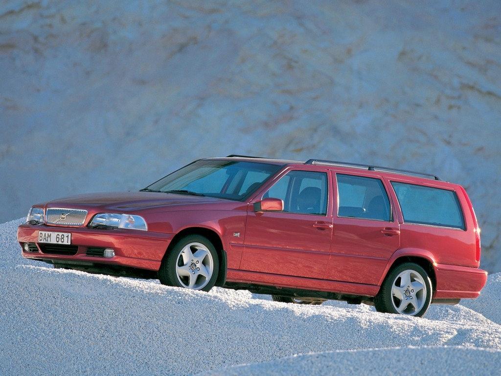 VOLVO V70 specs & photos - 1997, 1998, 1999, 2000 - autoevolution
