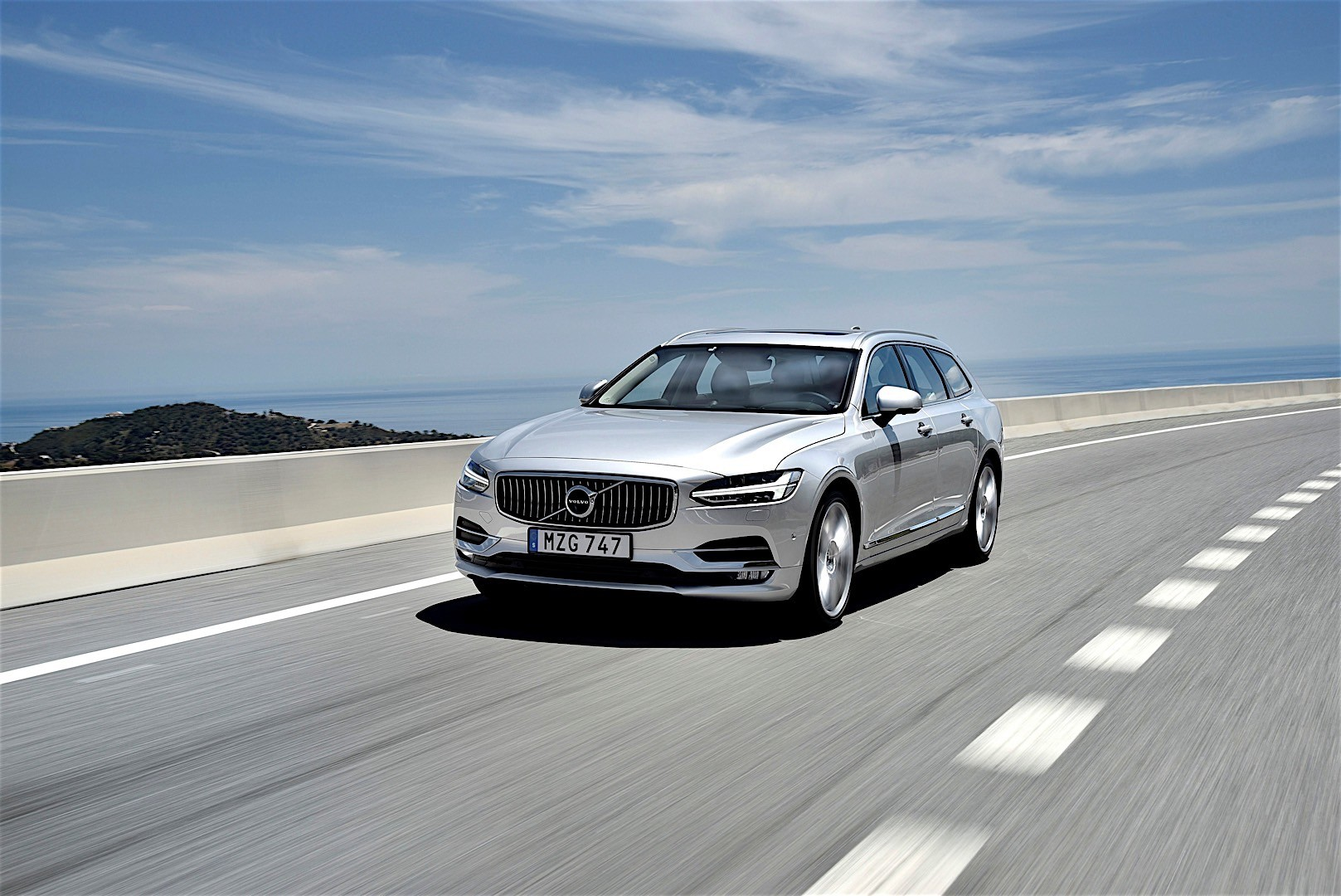 VOLVO V90 specs & photos - 2016, 2017, 2018 - autoevolution
