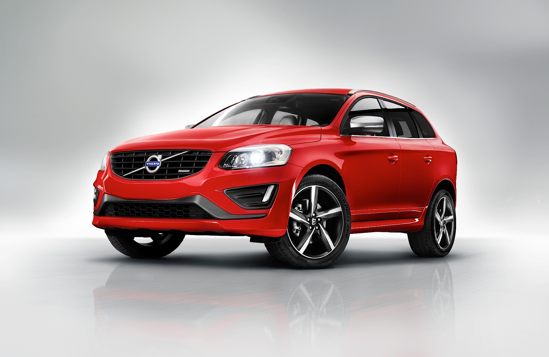 volvo xc60 specs photos 2008 2009 2010 2011 2012 2013 autoevolution. Black Bedroom Furniture Sets. Home Design Ideas
