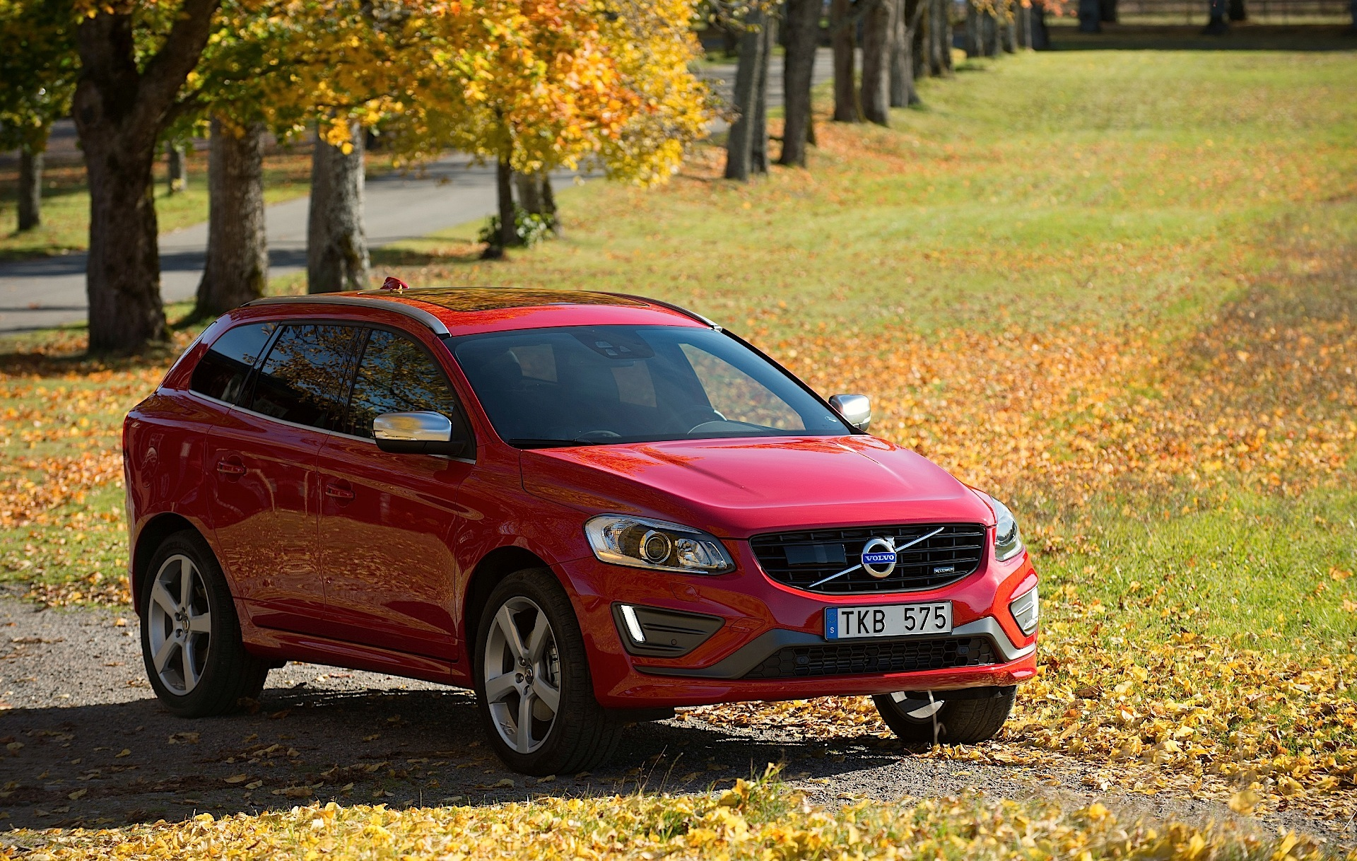 volvo xc60 2013 2014 2015 2016 2017 autoevolution. Black Bedroom Furniture Sets. Home Design Ideas