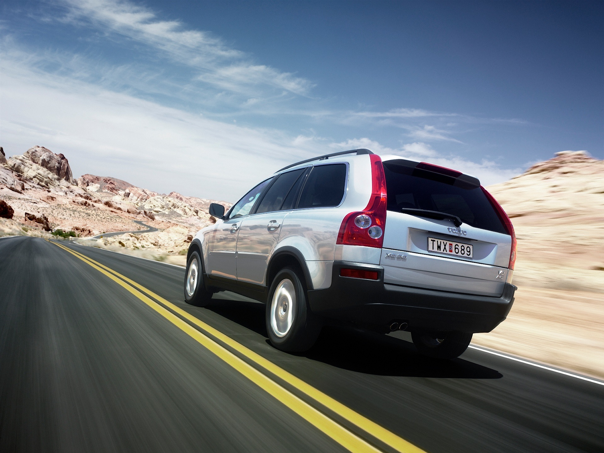 VOLVO XC90 specs & photos - 2002, 2003, 2004, 2005, 2006 - autoevolution