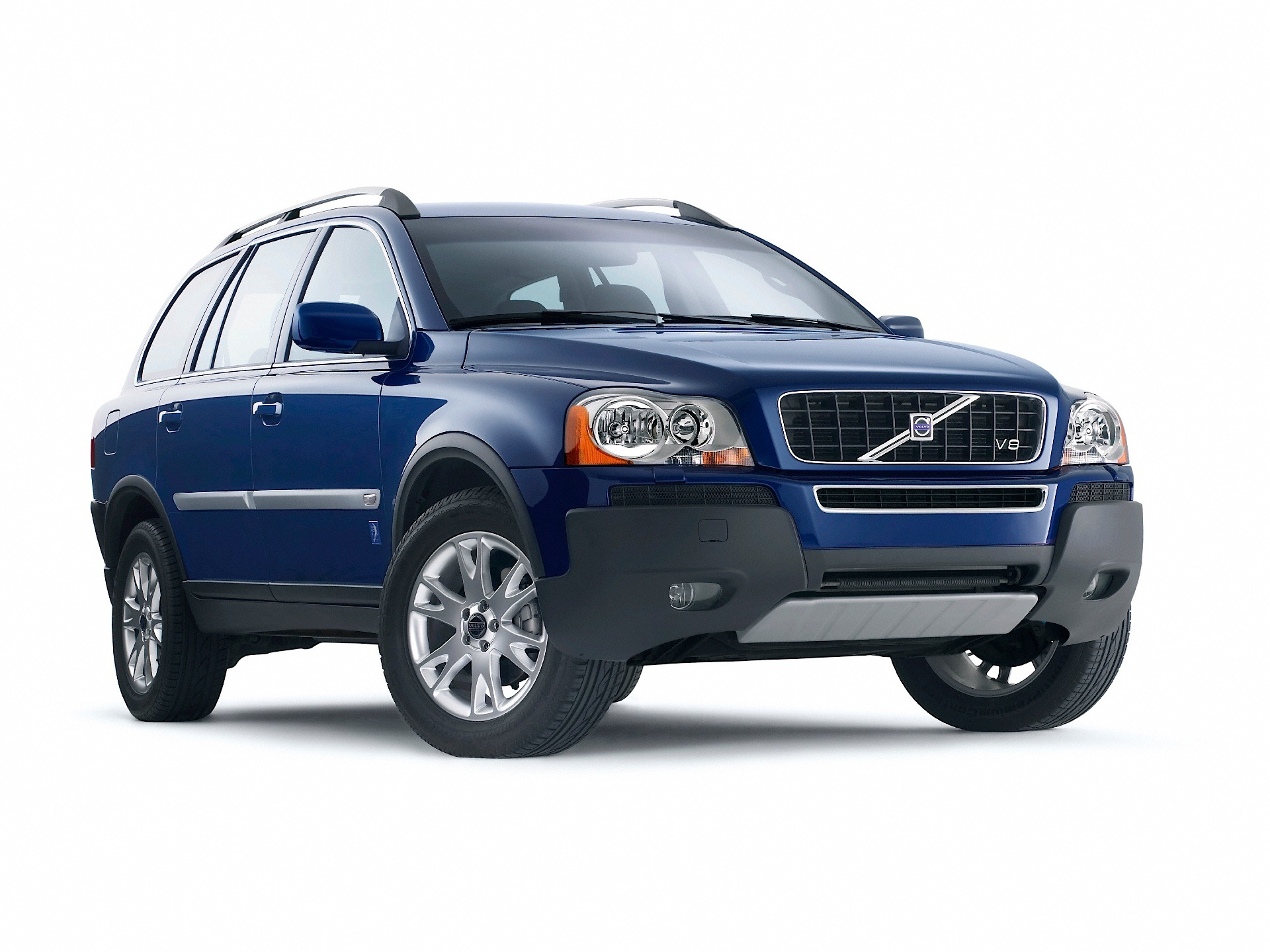 volvo xc90 specs photos 2002 2003 2004 2005 2006 autoevolution rh autoevolution com 2005 volvo xc90 manual transfer box faults 2005 volvo xc90 manual pdf