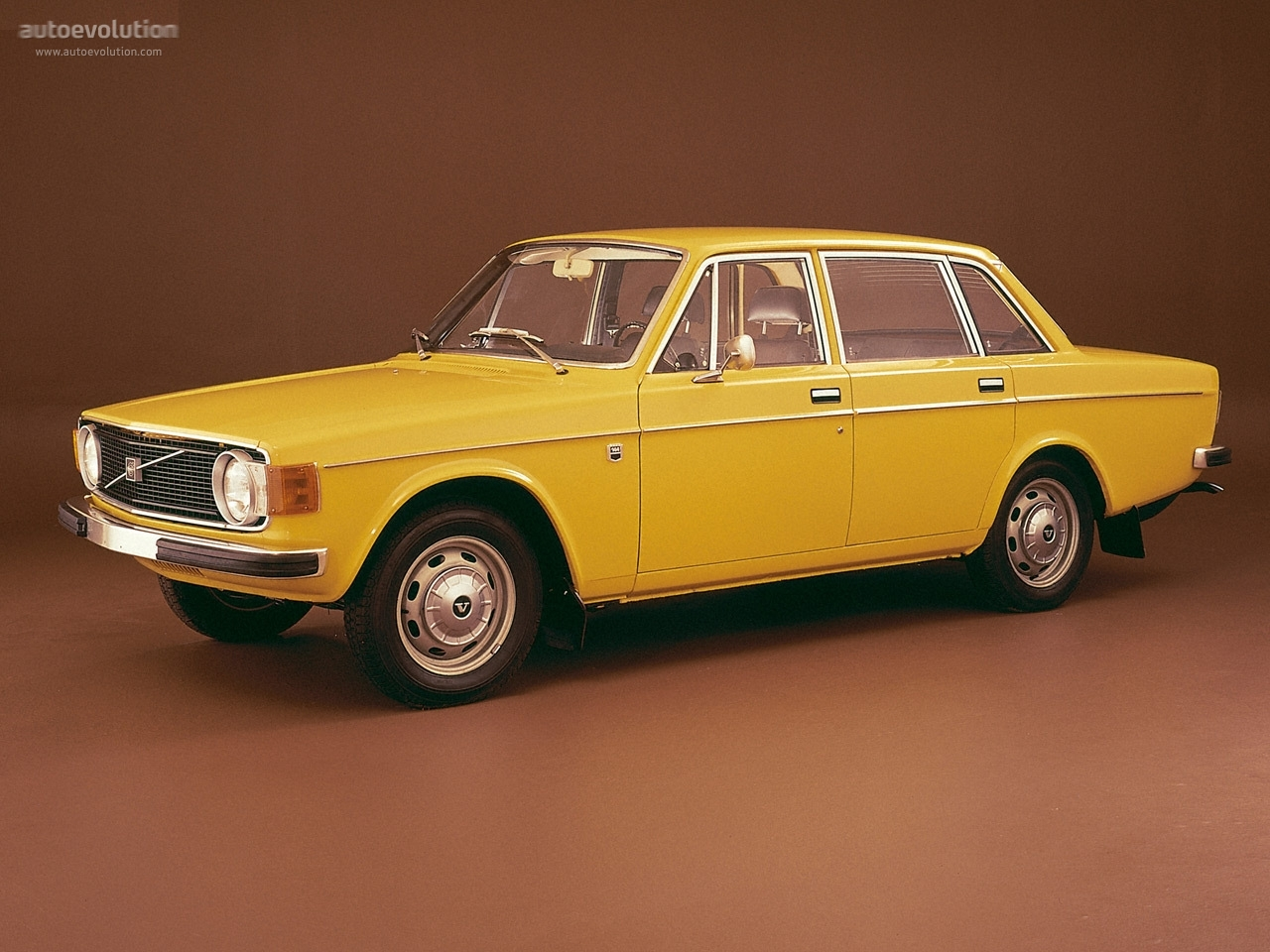 volvo 144 specs 1967 1968 1969 1970 1971 1972 1973 1974 autoevolution. Black Bedroom Furniture Sets. Home Design Ideas