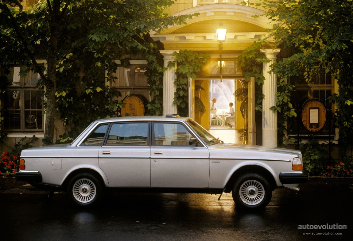 VOLVO 264 specs & photos - 1980, 1981, 1982 - autoevolution