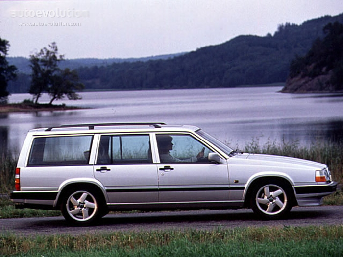 Volvo Estate on 1995 Volvo 940