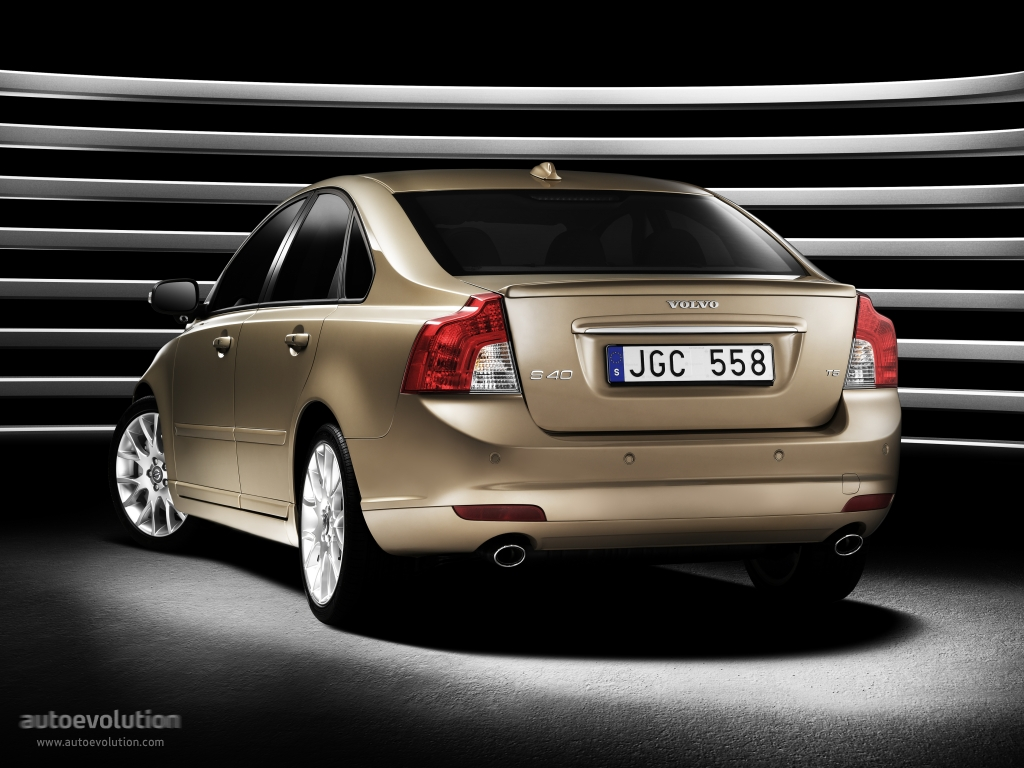 volvo s40 specs 2007 2008 2009 2010 2011 2012 autoevolution. Black Bedroom Furniture Sets. Home Design Ideas