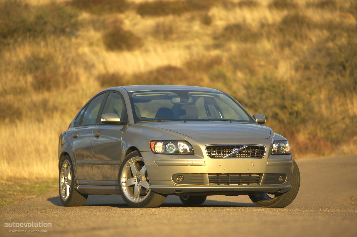 VOLVO S40 specs & photos - 2004, 2005, 2006, 2007 ...
