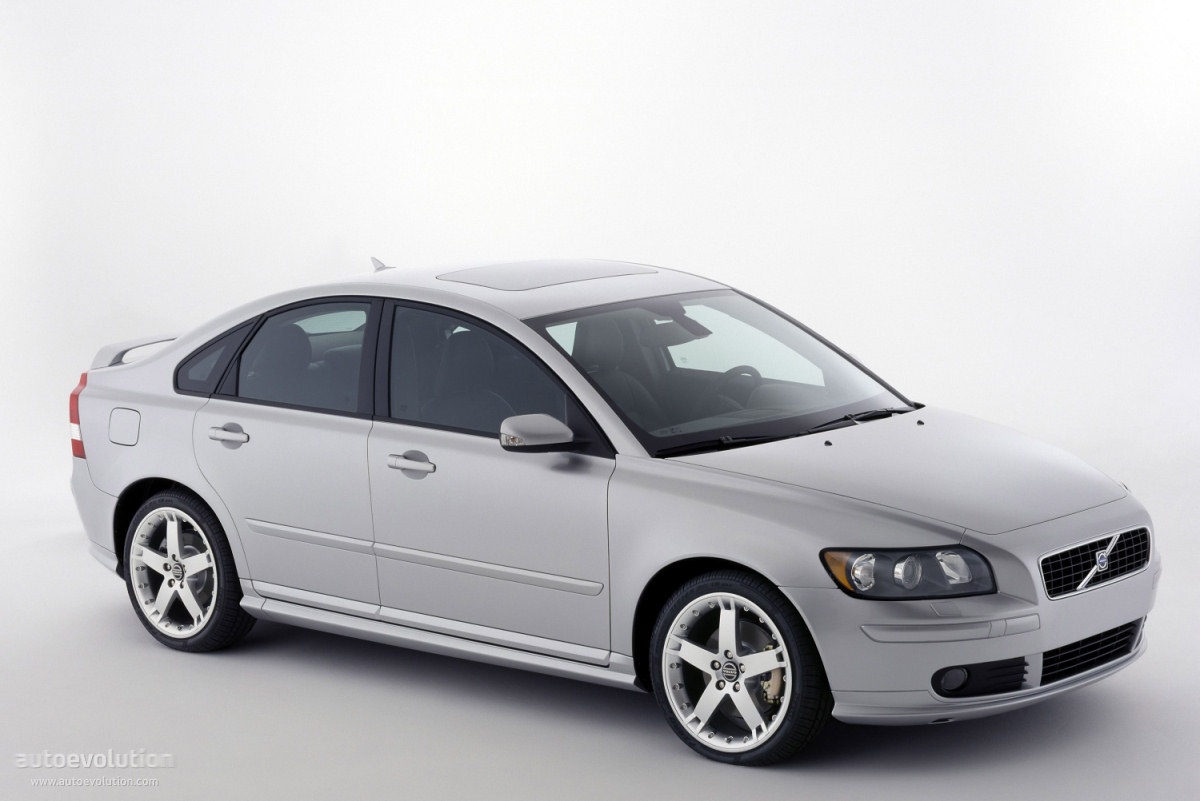 volvo s40 specs photos 2004 2005 2006 2007. Black Bedroom Furniture Sets. Home Design Ideas