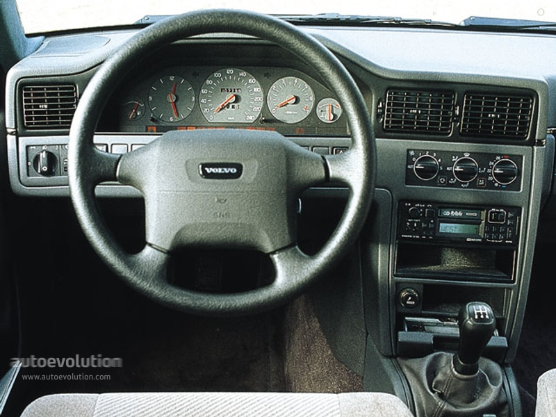 VOLVO S90 specs & photos - 1997, 1998 - autoevolution