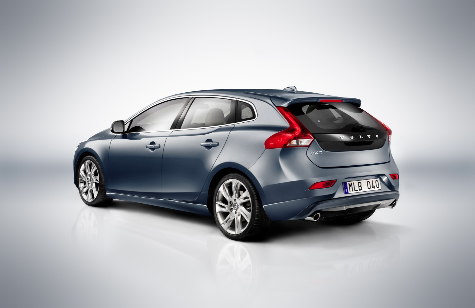 volvo v40 2012 2013 2014 2015 2016 2017 autoevolution. Black Bedroom Furniture Sets. Home Design Ideas