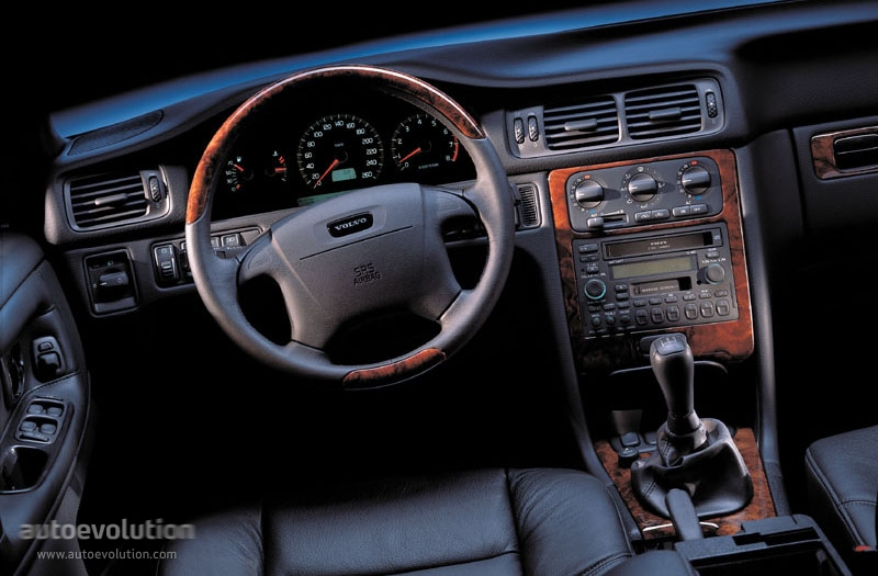 Volvo C70 2018 >> VOLVO V70 - 1997, 1998, 1999, 2000 - autoevolution