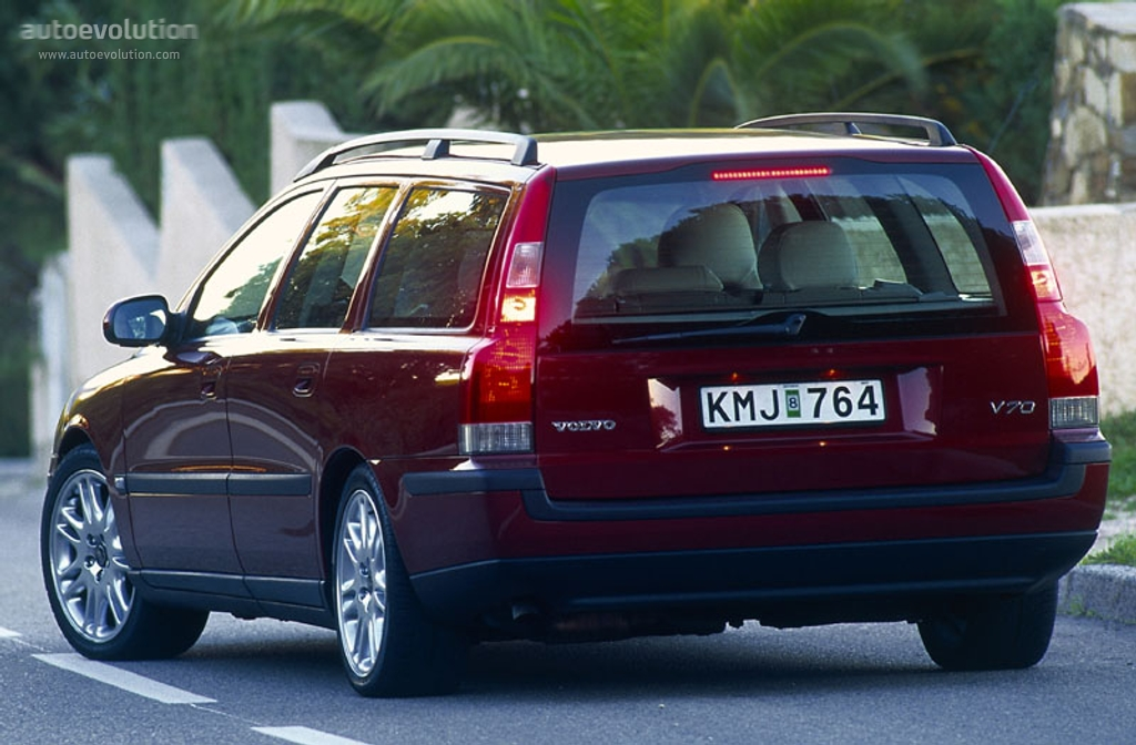VOLVO V70 specs & photos - 2000, 2001, 2002, 2003, 2004