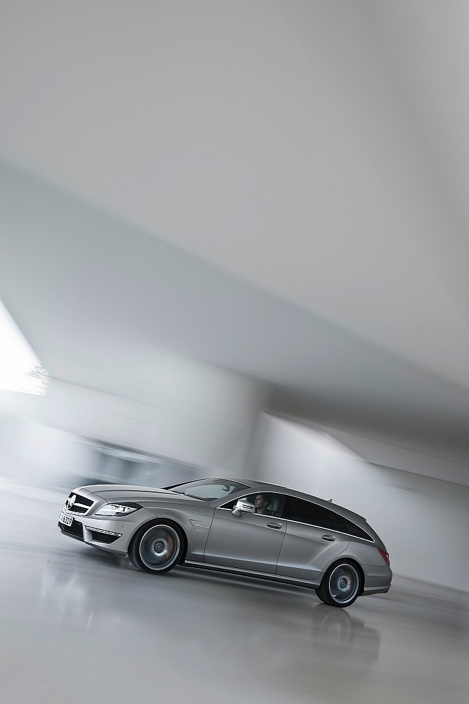 MERCEDES BENZ CLS AMG Shooting Brake (2012 - Present)