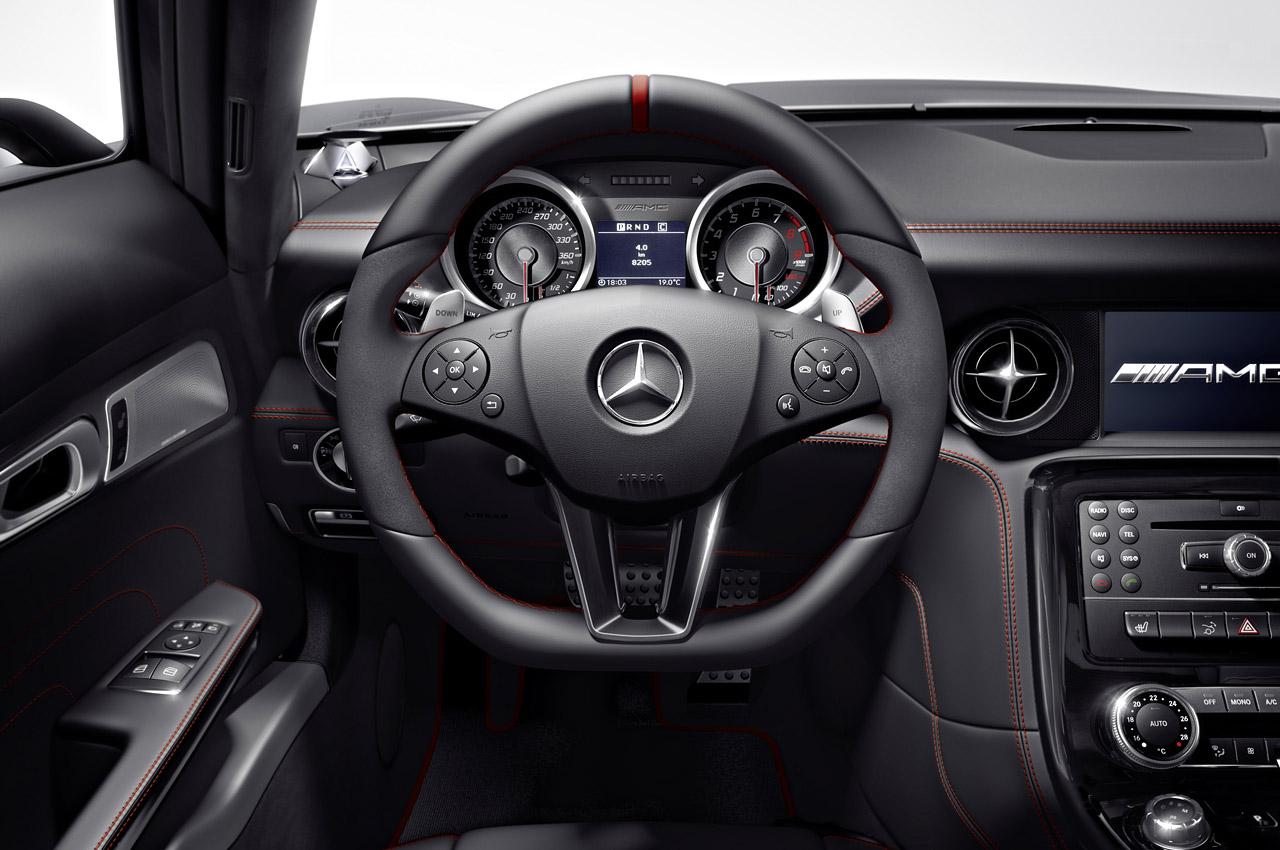 Mercedes benz sls amg roadster specs 2012 2013 2014 for Interieur mercedes classe a