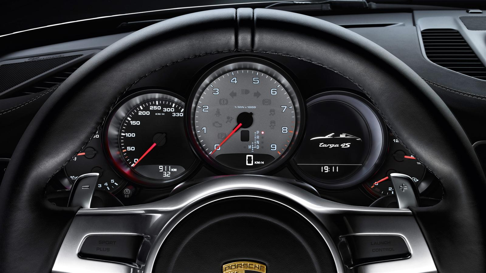 Porsche 911 carrera targa 4s 991 specs 2014 2015 for Interieur 2015