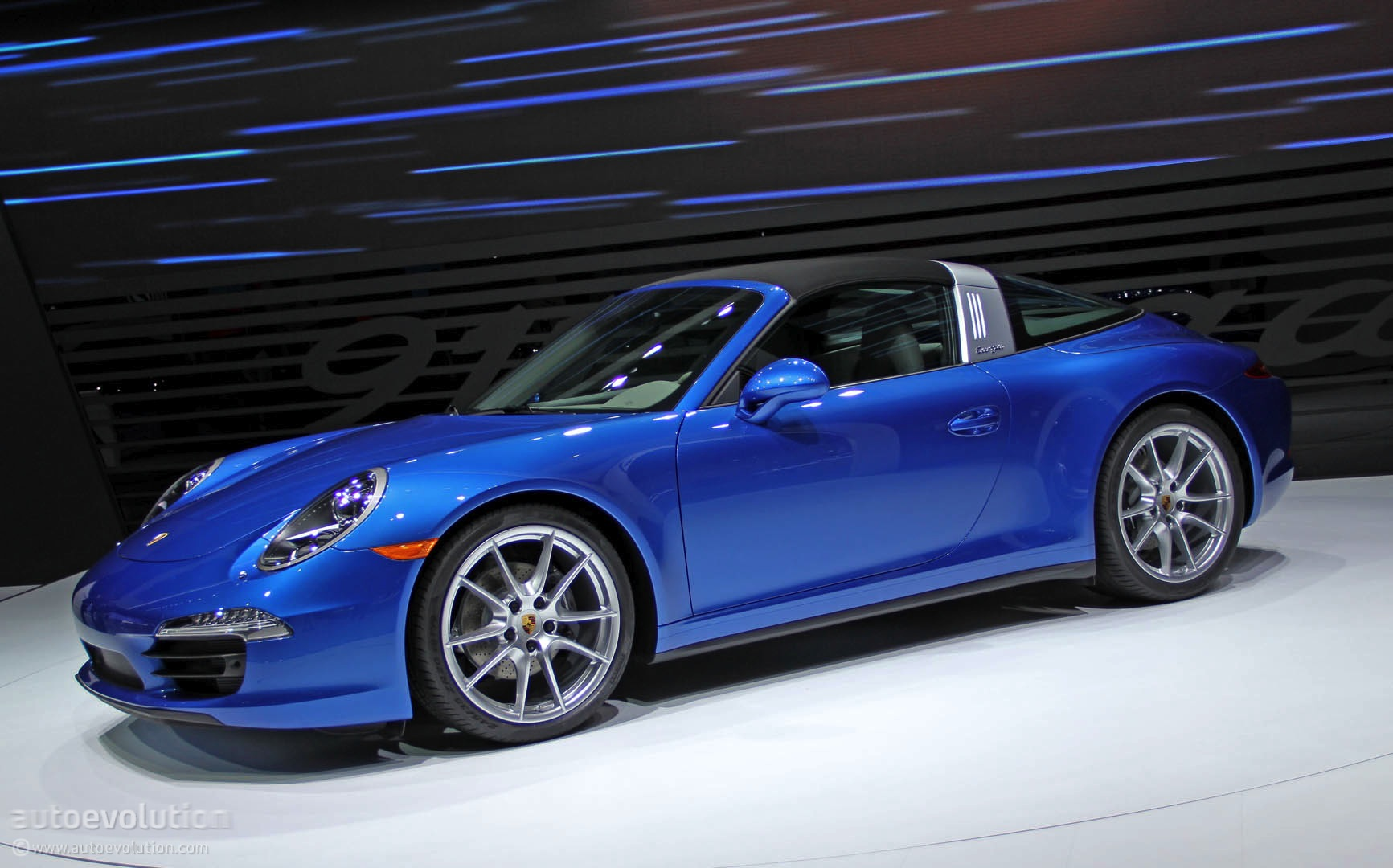 porsche 911 carrera targa 4s 991 specs 2014 2015 2016 2017 2018 autoevolution. Black Bedroom Furniture Sets. Home Design Ideas