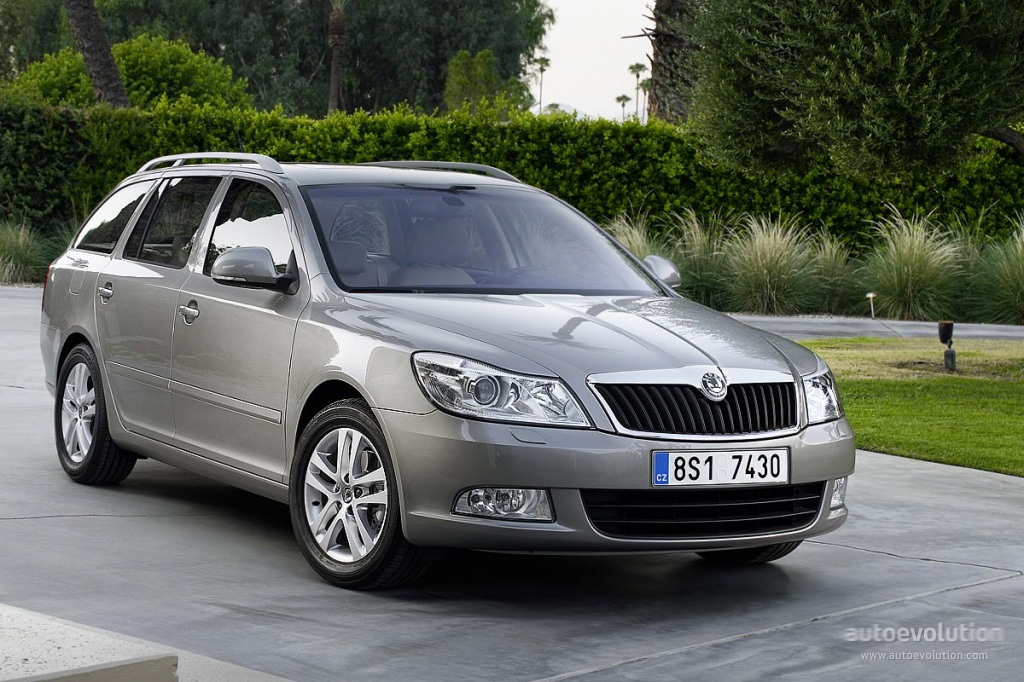 skoda octavia combi 4x4 specs photos 2011 2012 2013 autoevolution. Black Bedroom Furniture Sets. Home Design Ideas