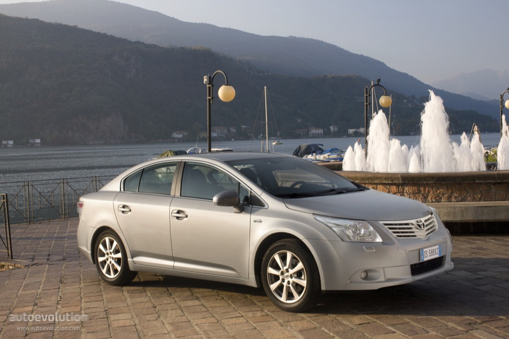 Toyota Corolla 2010 Model >> TOYOTA Avensis Liftback specs & photos - 2009, 2010, 2011 - autoevolution