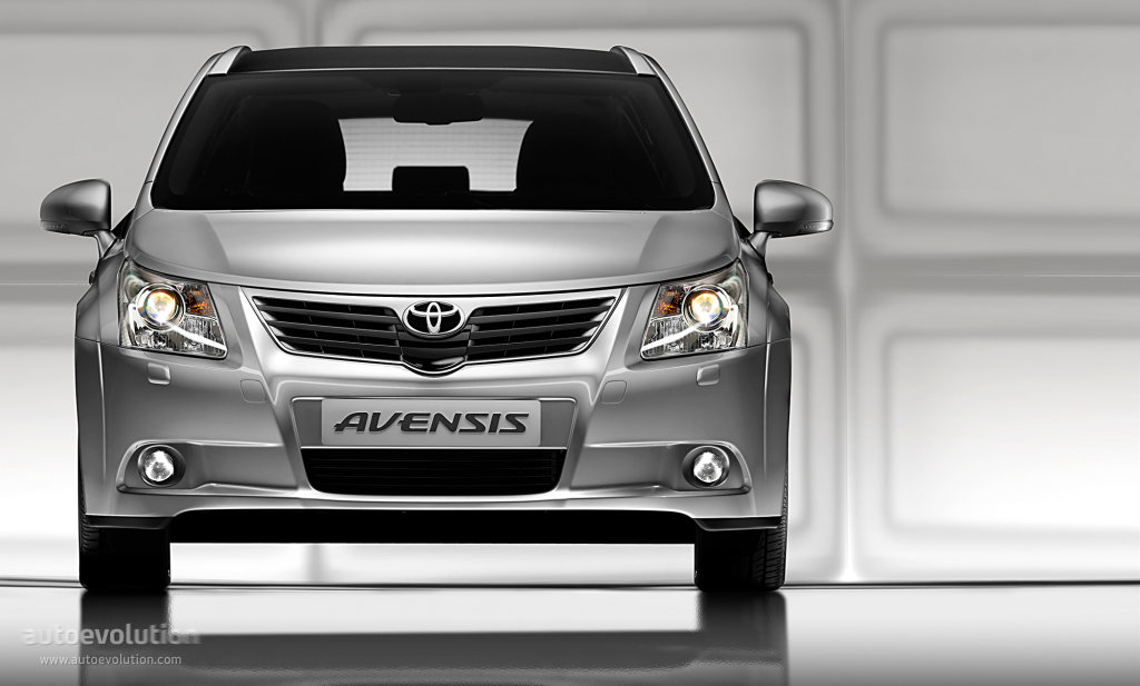 2010 Toyota Avensis Liftback photo - 2