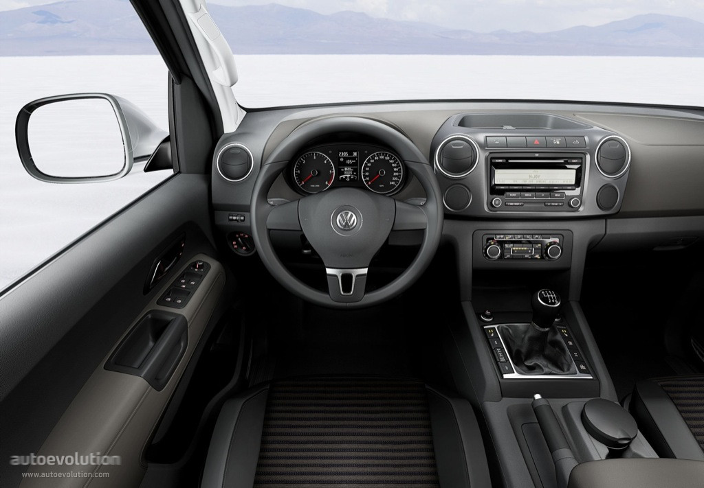 volkswagen amarok single cab specs 2011 2012 2013. Black Bedroom Furniture Sets. Home Design Ideas