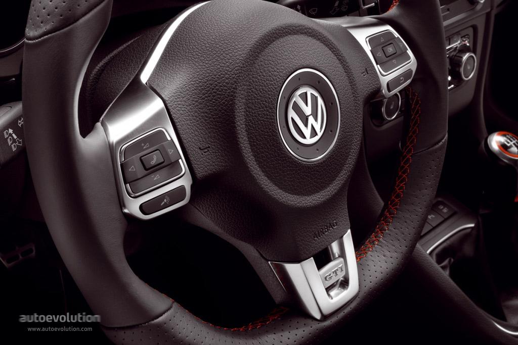 VOLKSWAGEN Golf GTI 5 Doors specs  2008 2009 2010 2011 2012