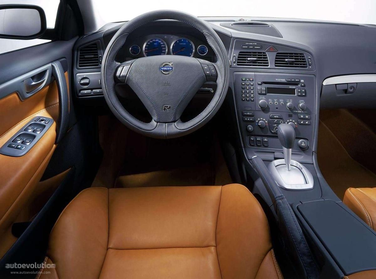 VOLVO V70 R - 2003, 2004 - autoevolution