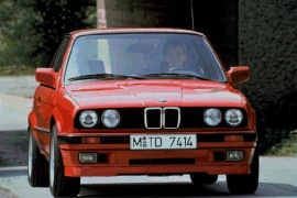 Bmw 3 Series Sedan E30 Specs Amp Photos 1982 1983 1984 1985 1986 1987 1988 1989 1990