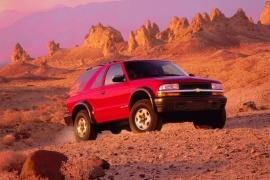 Chevrolet Blazer 3 Doors Specs Photos 1995 1996 1997 1998 1999 2000 2001 2002 2003 2004 2005 Autoevolution