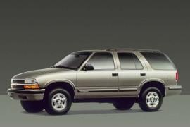 Chevrolet Blazer 5 Doors Specs Photos 1995 1996 1997 1998 1999 2000 2001 2002 2003 2004 2005 Autoevolution